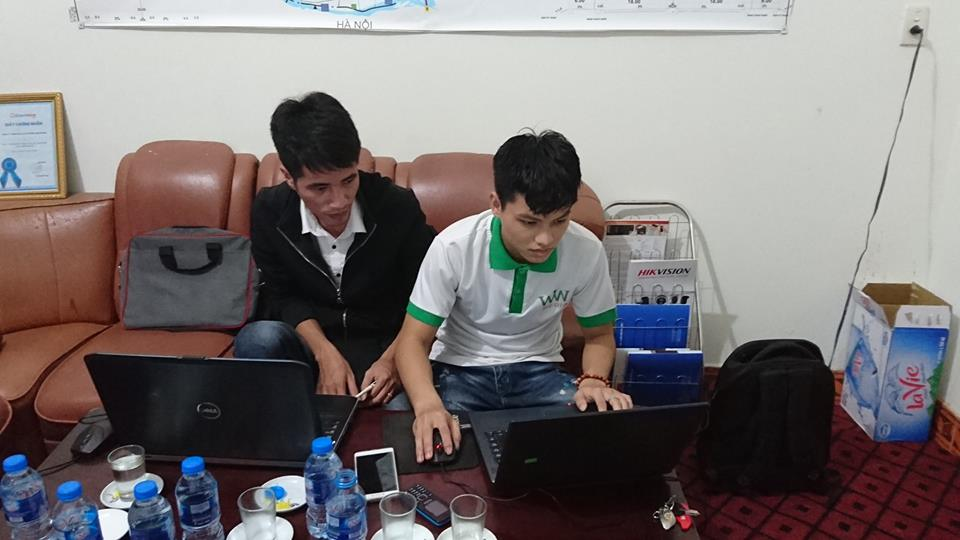 Anh Chu Đức Việt - Trưởng phòng kỹ thuật hướng dẫn học viên Thiết kế website